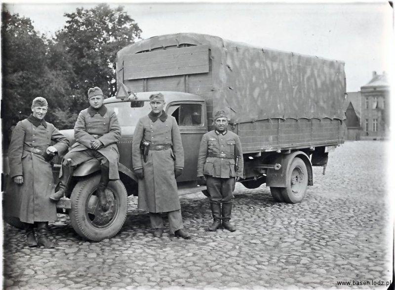 Niemieccy żołnierze w okolicach Łodzi